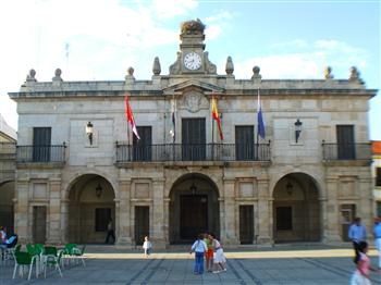 Plaza de Guareña